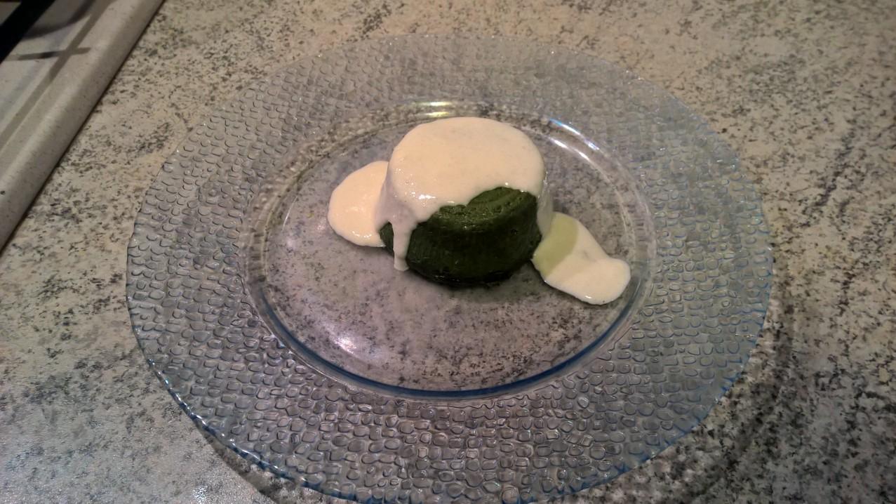 Le ricette di Anna: #Veloci #mini #flan di #spinaci con #fonduta di #Grana #Padano