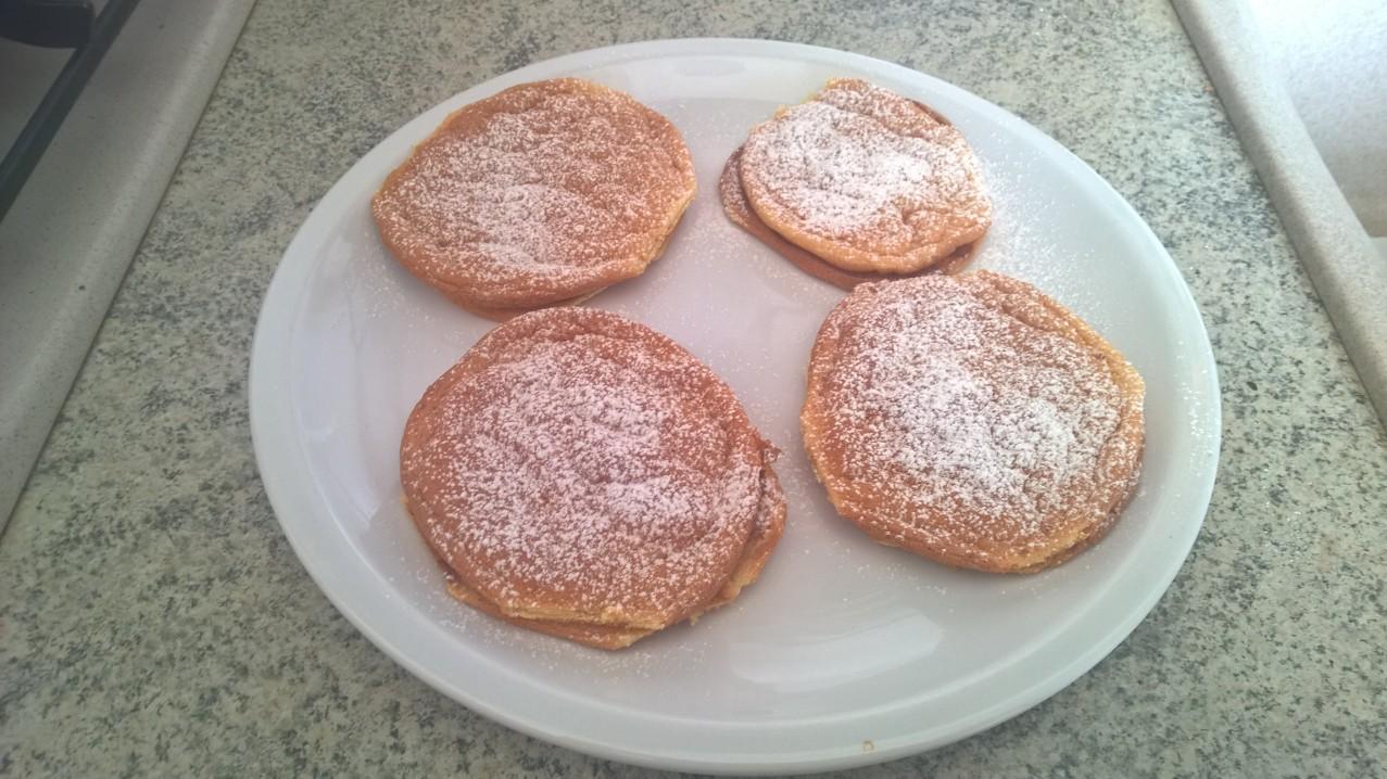 Le ricette di #Anna: #frittelle #farcite con #crema alle #nocciole e #miele d'acacia