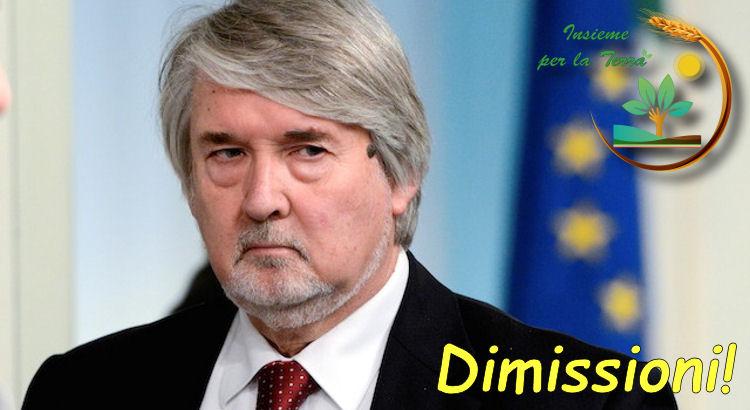 Caro Poletti, l'Italia non ha più bisogno dei suoi #insulti