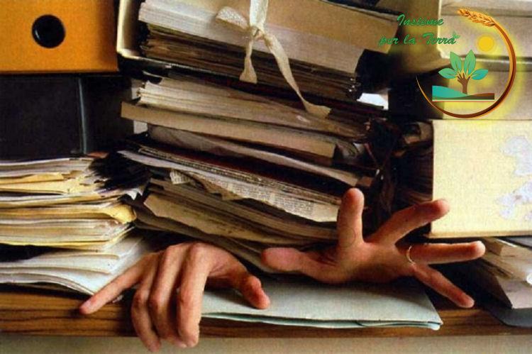 Bio: #Bando da 360 milioni #fermo dal 2015, come sempre gli #agricoltori possono #aspettare