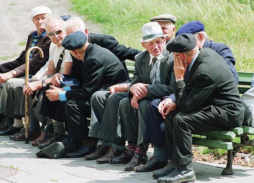 Cari pensionati, il Governo vi toglie 20 giorni di valuta. I Sindacati tacciono